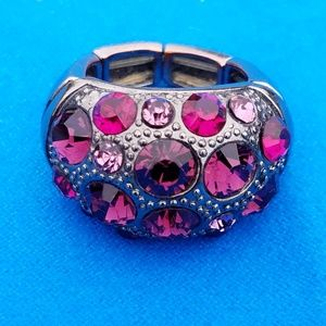 Jewelry - Fashion stretchy ring with Bling.